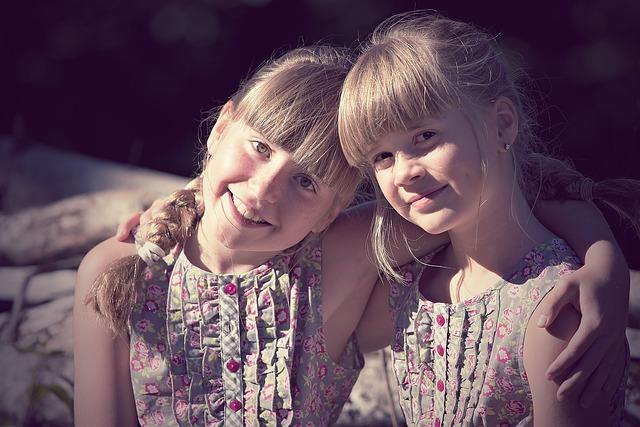két barátnő